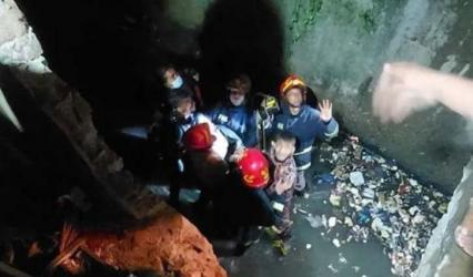 20-yr-old student dies after falling into open drain in Chattogram